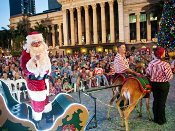 Myer Christmas Parade & Pantomime