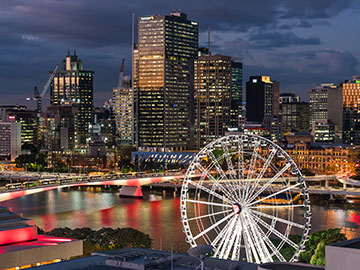 The Wheel of Brisbane and Brisbane skyline